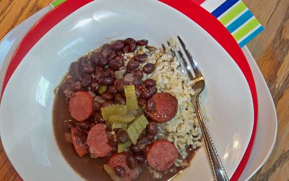 black beans with sausage and rice, crockpot recipe, easy dinner recipe