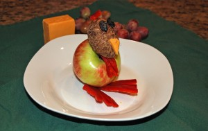 fruit turkey with apple, taro, red pepper, cheese, and grapes, make your own fruit turkey, online recipe organizer