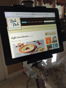 upper desk kitchen tablet holder mount, tablet holder, view recipes on tablet, online recipe organizer, review of upper desk tablet holder