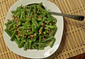 green beans, bacon and onion, vegetarian recipe, green bean recipe, quick recipes