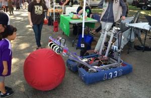 Waco farmers market, robotics at farmers market, what makes a good farmers market