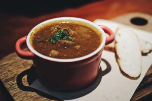 Soup in bowl by Unsplash | Packable Hot Lunch