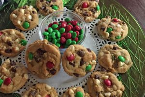 Santa Pudding M&M Cookies