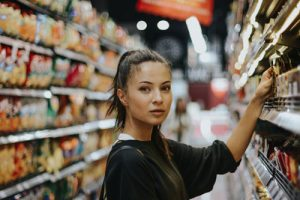 Save Money while Shopping for Groceries - Unsplash