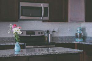 Kitchen Countertops Cleared - Unsplash